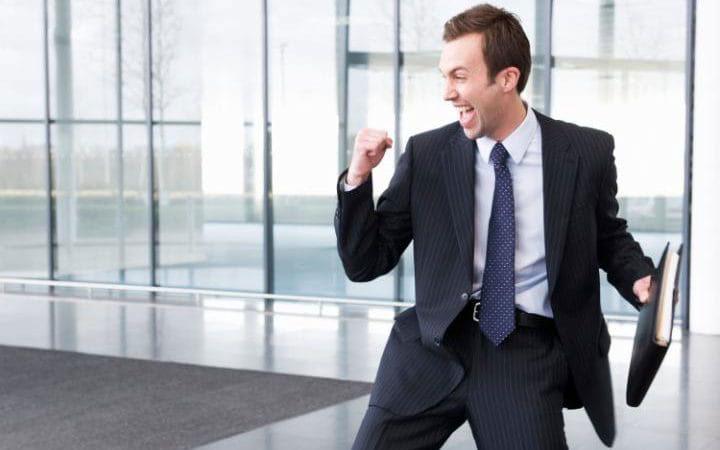 چگونه در محل کار موفق باشیم - کنترل هیجان و فرصت طلبی معقول