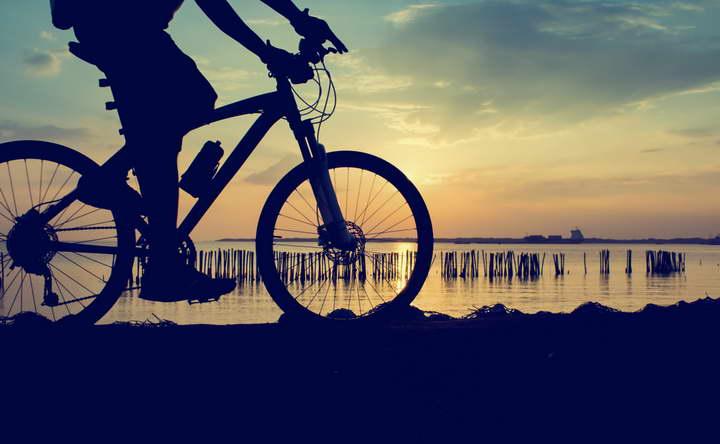 دوچرخه سواری یک ورزش برای لاغری