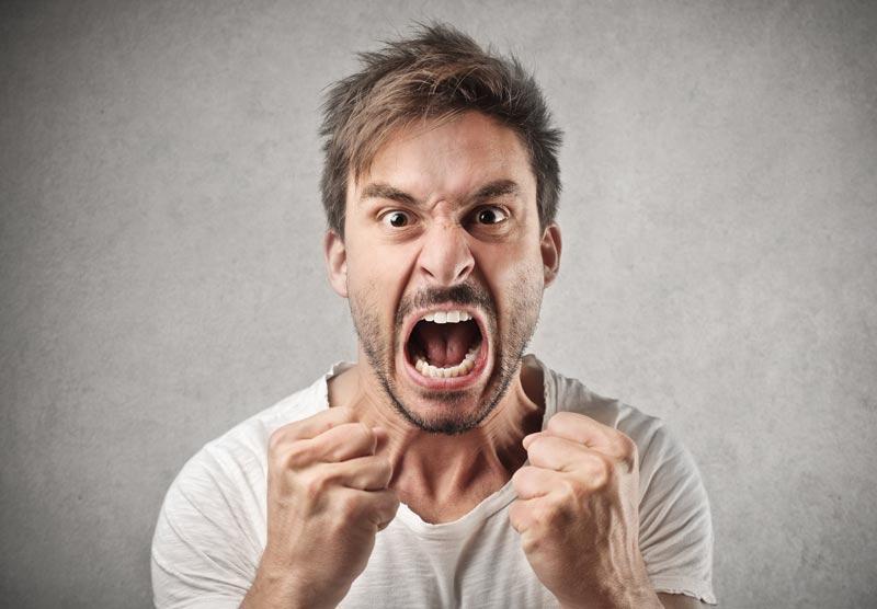 عصبانیت - خودشیفتگی چیست