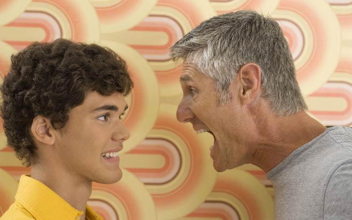 روانشناسی نوجوانان - بر سر نوجوان فریاد نکشید
