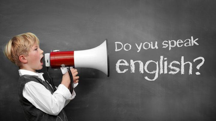 دقت به جزییات در اینکه چطور زبان انگلیسی را بدون کلاس یاد بگیریم مهم است