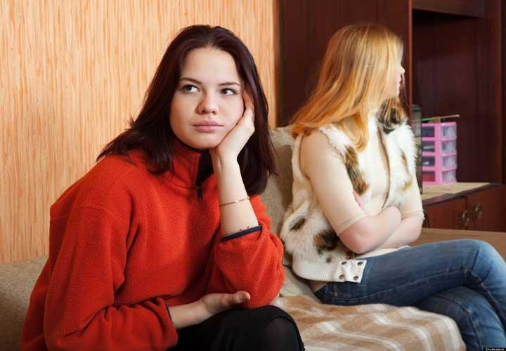 نشانه پایان رابطه دوستانه - افزایش برخوردهای منفی