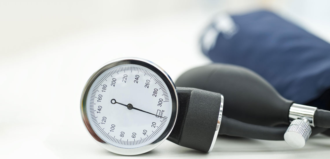 علائم فشار خون پایین؛ علت افت ناگهانی فشار خون چیست؟
