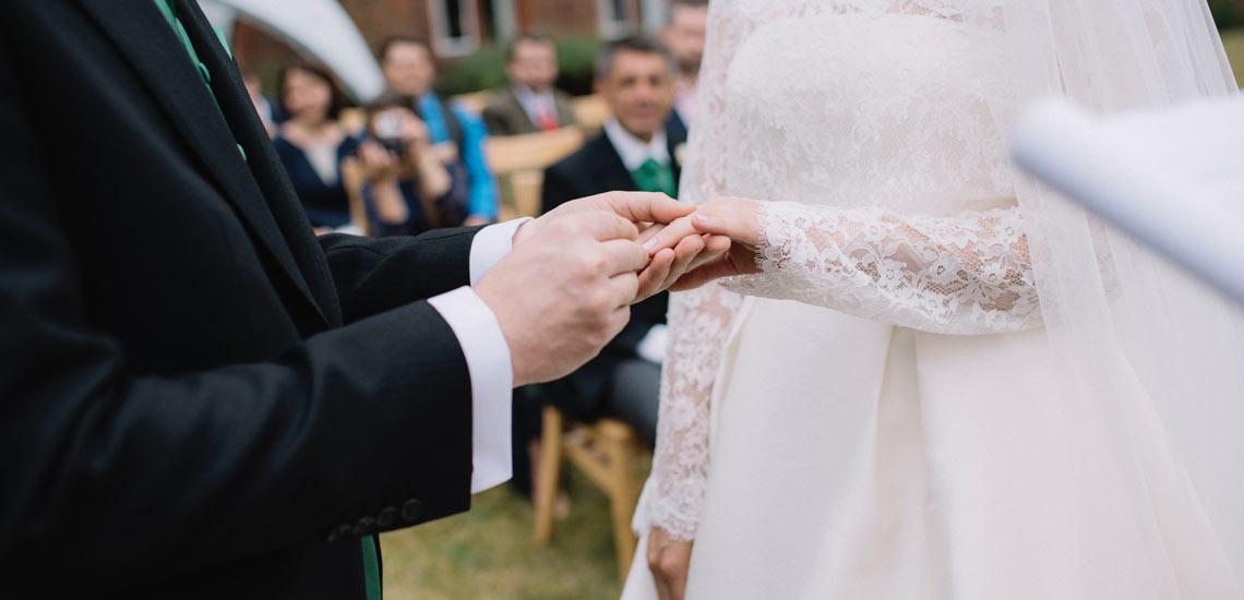 ۱۴ سوالی که در تصمیم گیری برای ازدواج به شما کمک میکند