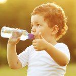 ۱۲ خاصیت باورن ی نوشیدن آب داغ