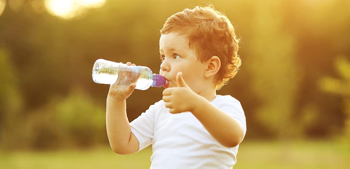 ۱۲ خاصیت باورنکردنی نوشیدن آب داغ