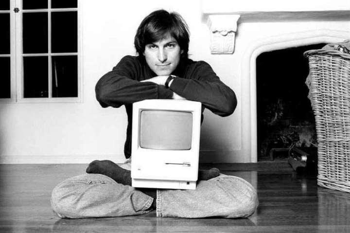 خروج از اپل - زندگینامه استیو جابز