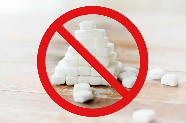 برای درمان بی خوابی کمتر شیرینی بخورید