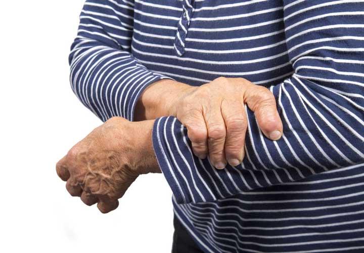 signs heart attacks left arm pain علائم سکته قلبی؛ قبل از اینکه دیر شود این ۱۱ نشانه را بشناسید