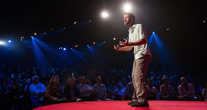 تمرکز منطقی در سخنرانی - ترس از سخنرانی