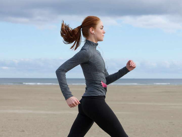 بهترین زمان ورزش برای چربی سوزی صبح ها پیاده روی کردن است