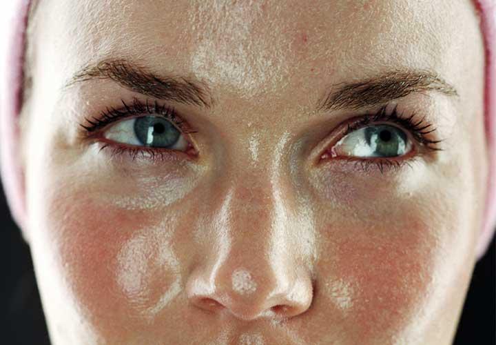از پوست چرب چگونه مراقبت کنیم؟