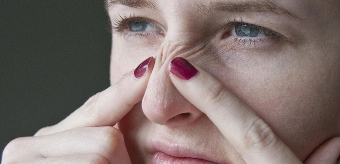 درمان جوش سرسیاه با ۱۱ روش موفق و قطعی خانگی