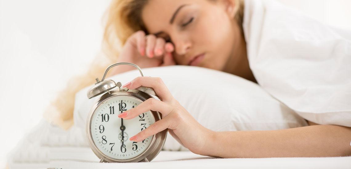 ۹ کاری که بیشتر زنان موفق قبل از خوردن صبحانه انجام میدهند