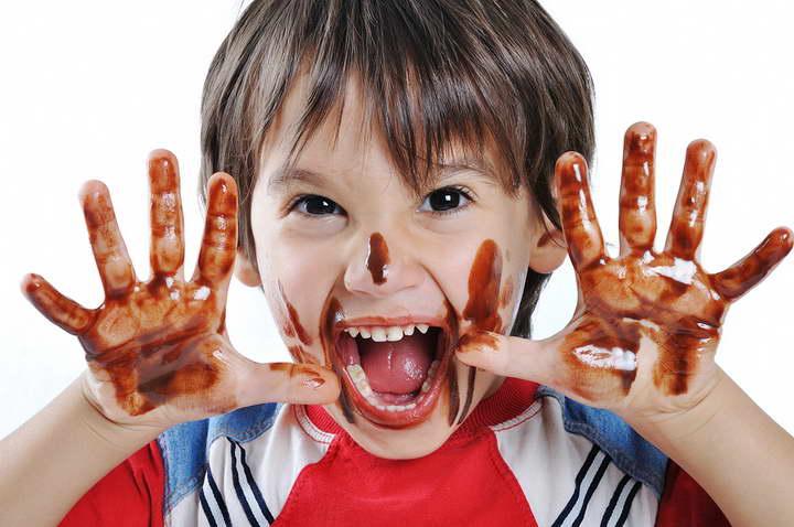 پاک کردن لکه شکلات - از بین بردن انواع لکه ها