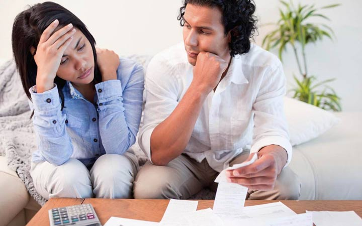 عوامل طلاق - مسائل مالی