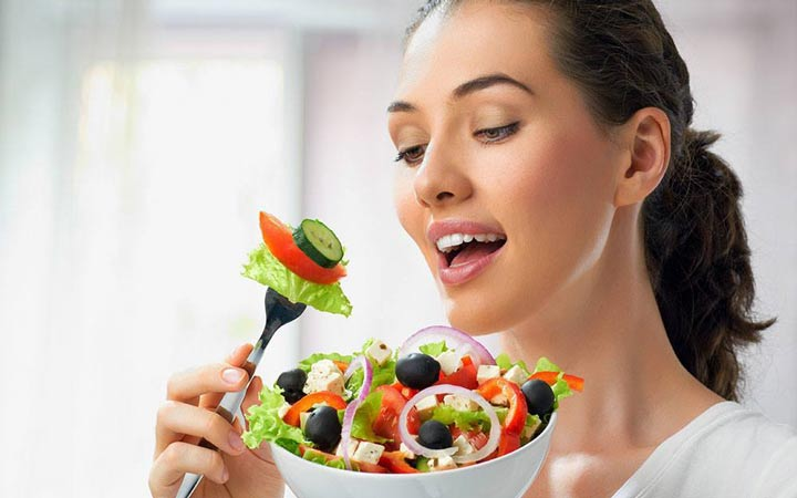 رژیم غذایی سالم برای داشتن ابروهایی سالم و پرپشت ضروری است - تقویت ابرو