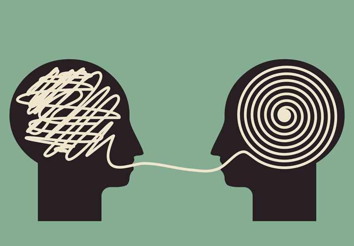 تفکر نظام مند به حل مشکل خود کم بینی کمک میکند.