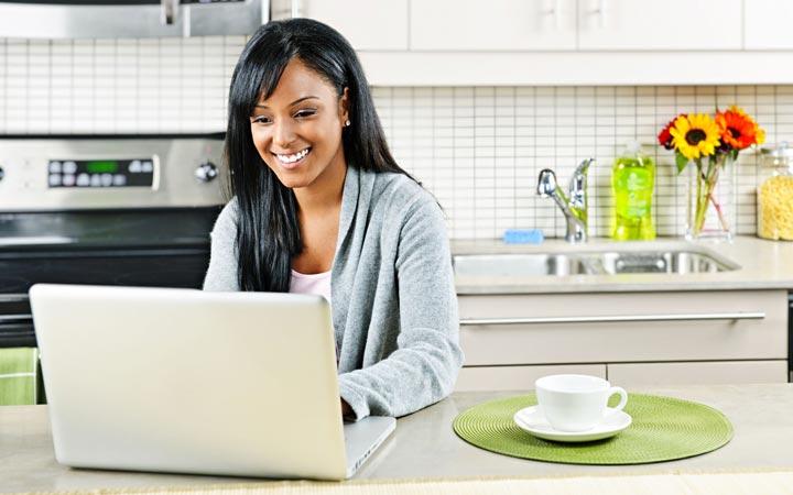 دور کاری میتواند راهکاری مناسب برای بهره برداری بیشتر از زمان باشد - مدیریت زمان برای زنان شاغل