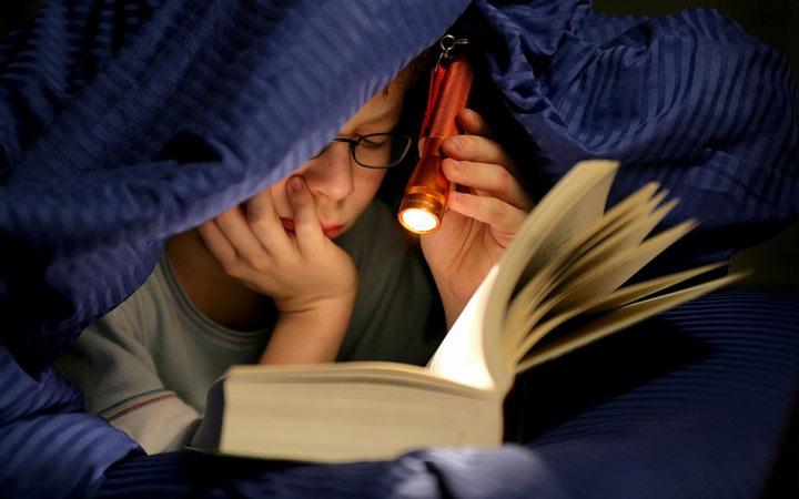کتاب بخوانید - چگونه دایره لغات انگلیسی خود را افزایش دهیم