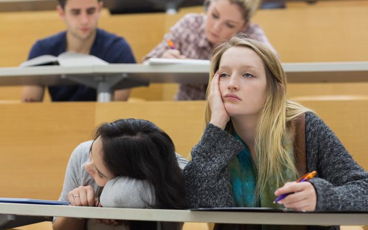 بیعلاقگی و بیانگیزگی یکی دیگر از دلایل افت تحصیلی دانشجویان و دانشآموزان است.