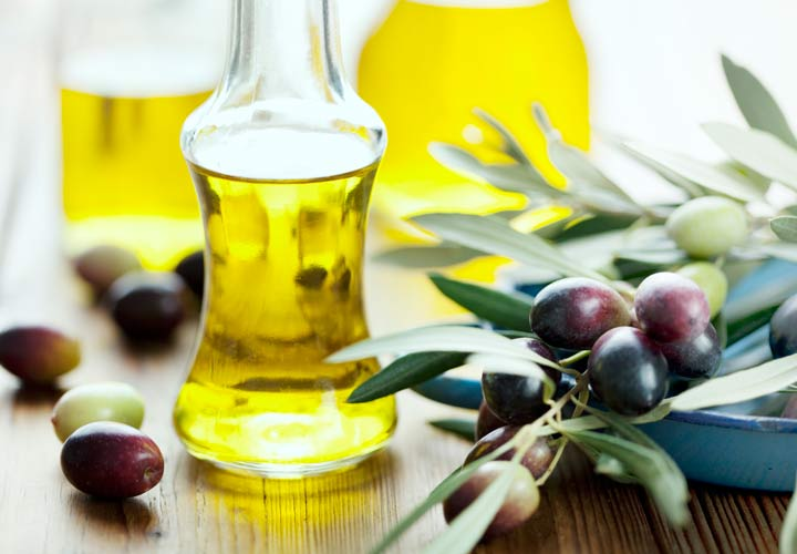 خواص زیتون - ممکن است در فرآوری زیتون برخی مواد مانند نمک به آن اضافه شوند