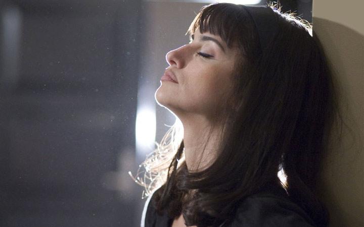 18 فیلمی که هر زنی باید ببیند - مرثیه