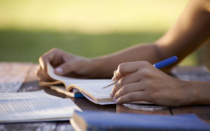 افزایش دانش زبان - تقویت مهارت شنیداری زبان انگلیسی