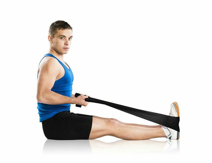 تقویت عضلات بازوها - ورزش در مسافرت با باندهای کشی