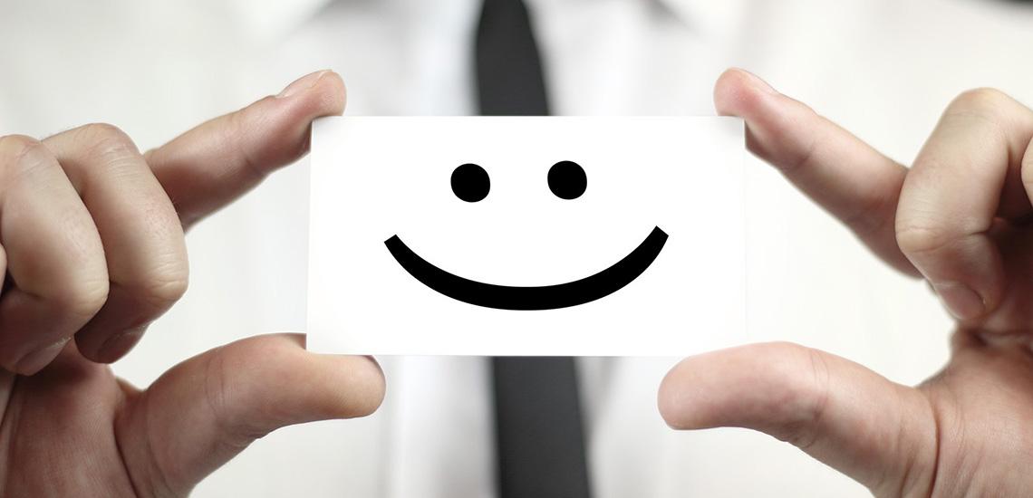 ۸ استراتژی افزایش رضایت مشتری و راههای اندازهگیری آن