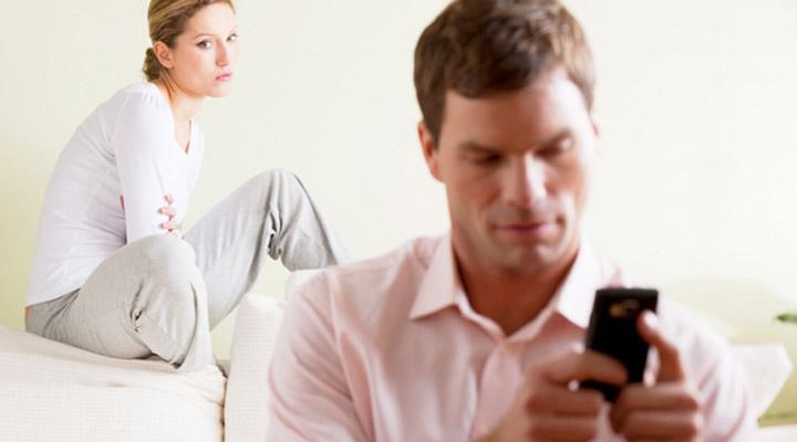 چک کردن تماسهای تلفنی همسر