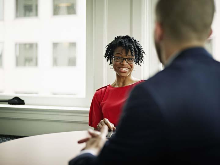 پرسشهای نتقاضی در استخدام و مصاحبه شغلی