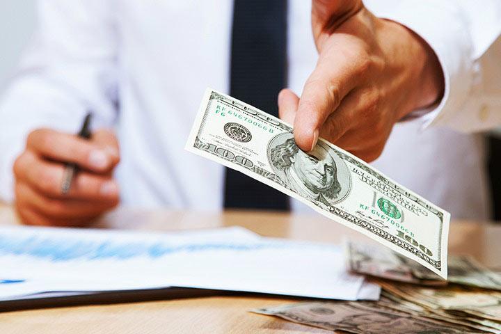 طرح مالی - یشنهاد دادن برنامهی زمانی بازپرداخت یا استراتژی خروج