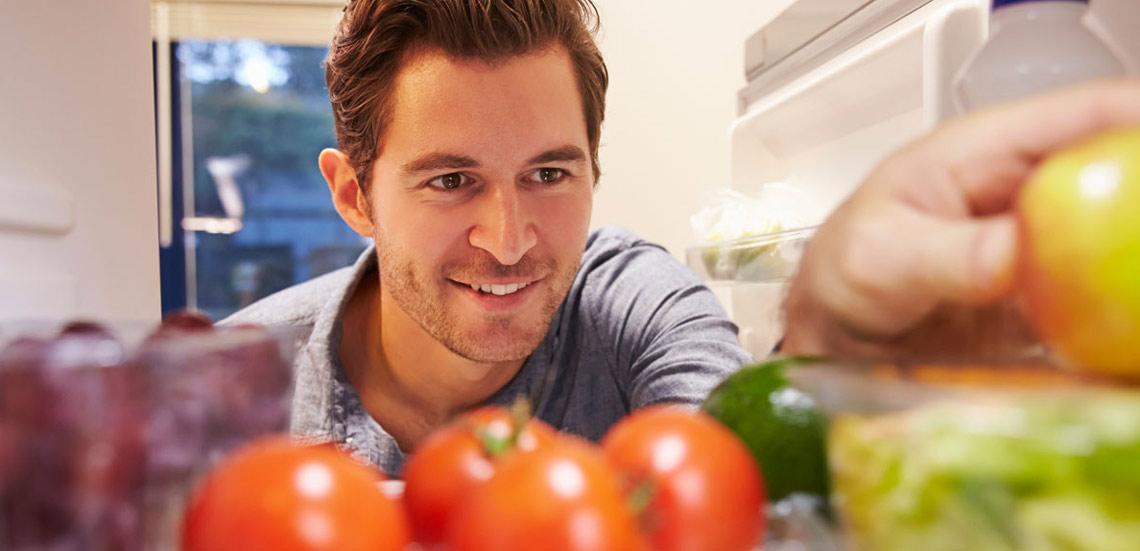 ۱۰ خوراکی که شما را ۱۰ سال جوانتر میکند