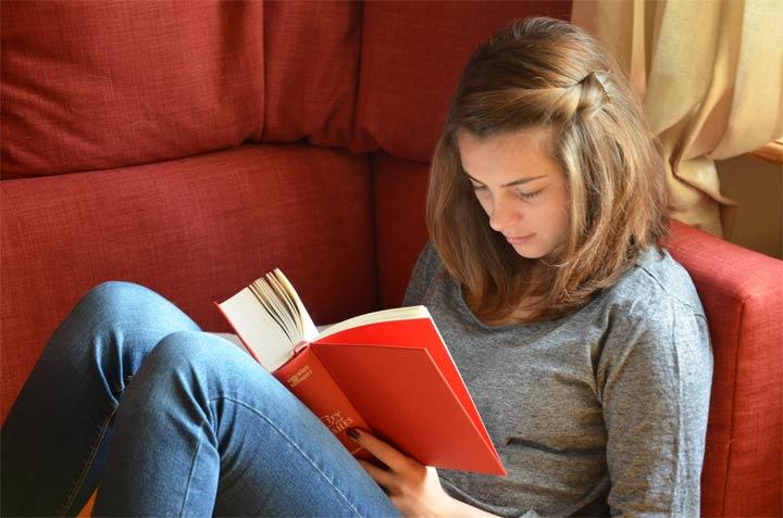 مکان دنج و راحت برای مطالعه