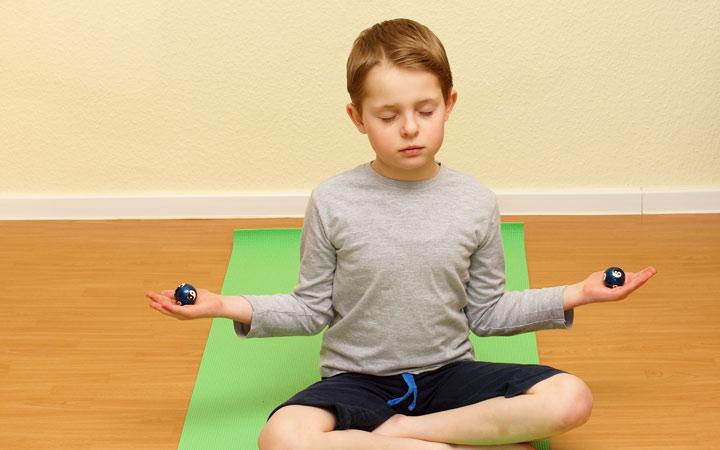 ایجاد آرامش برای کودکان - راههای بالا بردن تمرکز در کودکان