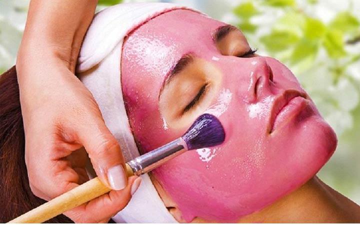 ماسک تمشک و عسل برای حفظ رطوبت پوست مفید است - مراقبت از پوست