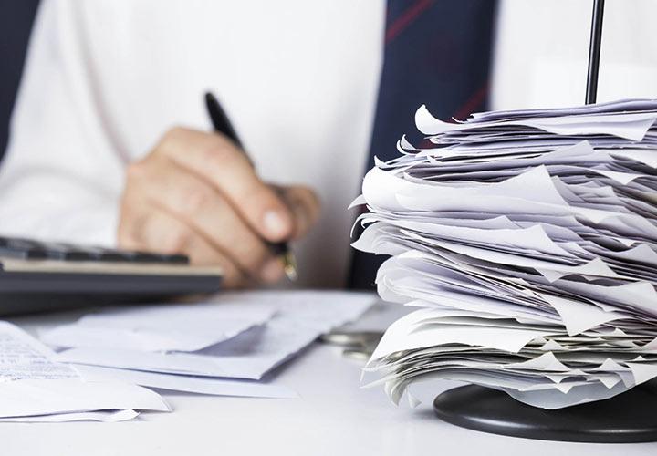 پرداخت بدهیها و اقساط