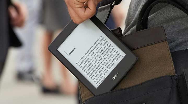 جف بزوس - کتابخوان الکترونیکی کیندل