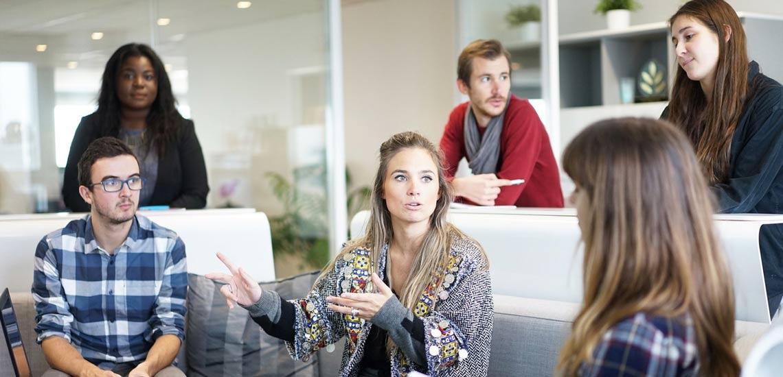 ۱۰ مهارت گفتگو که همه ما باید یاد بگیریم