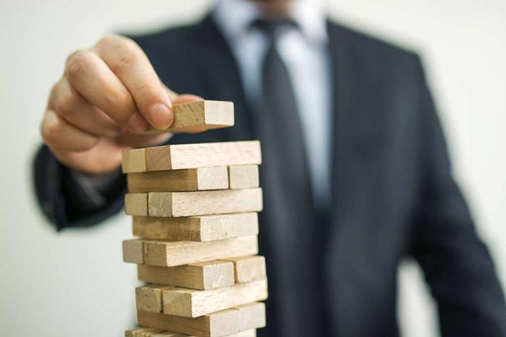 اجرای استراتژی یعنی امکان ساختن الگویی از تصمیم ها