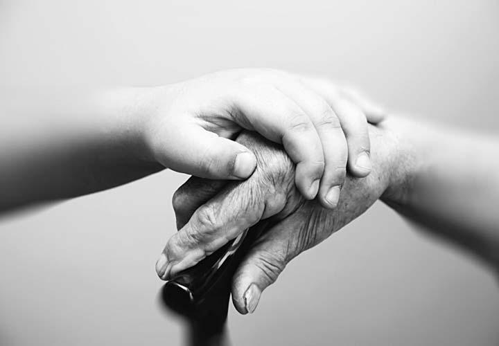 پیری احتمال بروز زوال عقل را افزایش می دهد.
