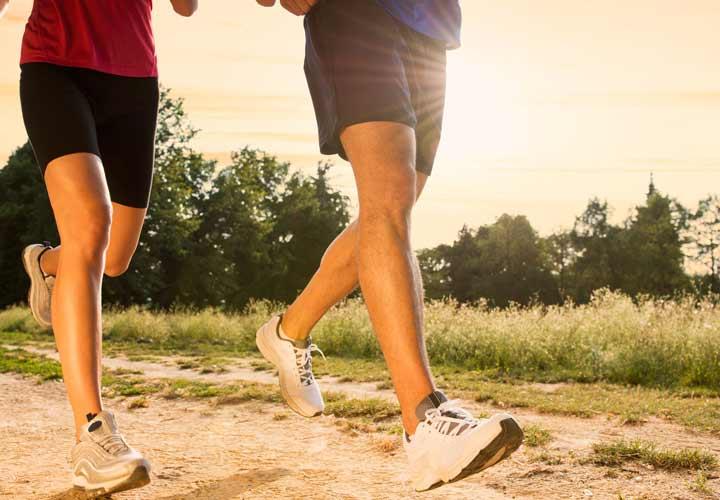 ورزش منظم به کنترل علائم سندروم روده تحریک پذیر کمک می کند.
