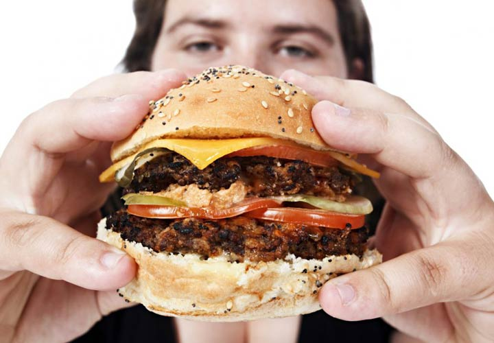 غذای پرچرب و روغنی - علائم سنگ کیسه صفرا