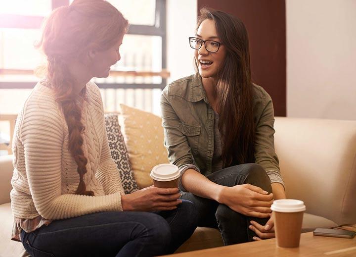 درونگرایان شنوندگان بسیار خوبی هستند - نحوه رفتار با افراد درونگرا