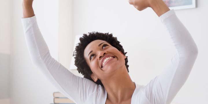 زن خوشحال