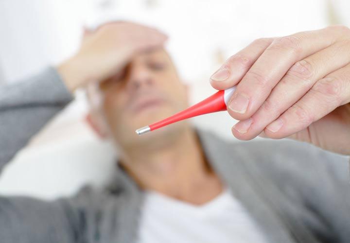 لرز و تب از علائم عفونت خون است.