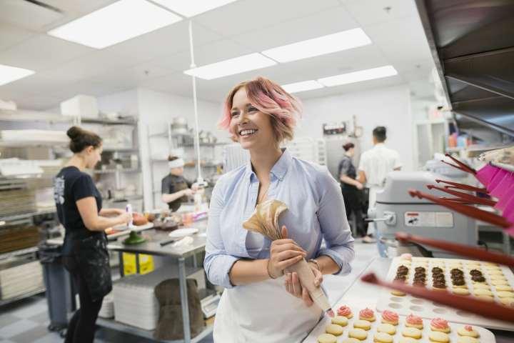 انواع استارتاپ - کسبوکارهای کوچک سنتی