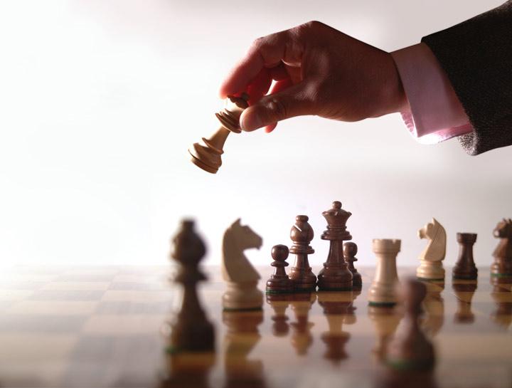 فرآیند اجرای استراتژی برای رسیدن به بهترین عملکرد، دارای چند عنصر کلیدی است.