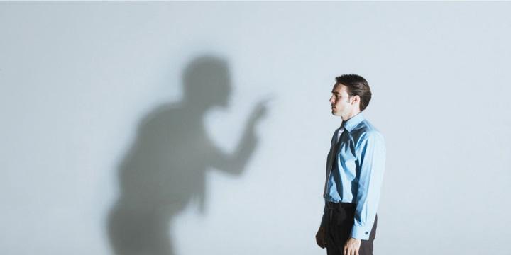 پرسشهای کلیدی برای شناخت انگیزهی انتقاد چگونه از دیگران انتقاد کنیم؟ چگونه از دیگران انتقاد کنیم؟  D8 A7 D9 86 D8 AA D9 82 D8 A7 D8 AF 2
